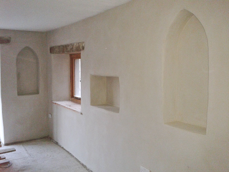 image shows a recent project using traditional lime plastering techniques